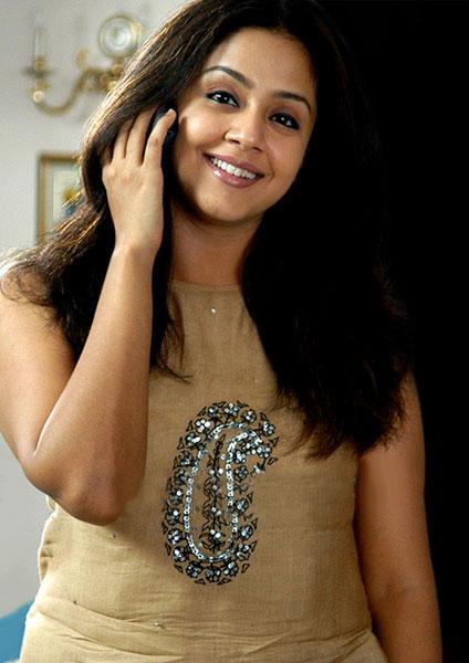 Jyothika Saravanan Wallpaper South Indian Actress Model
