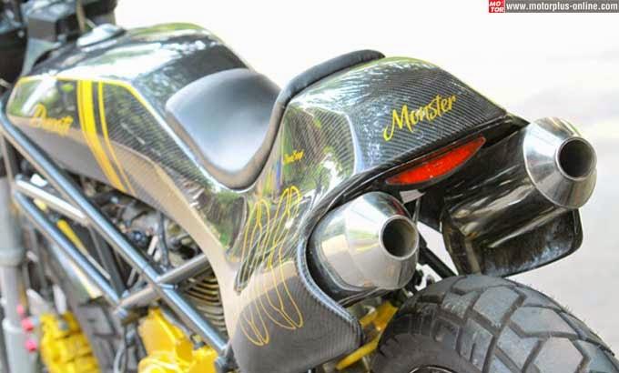 Ducati  boleh saja merilis produk anyarnya Modifikasi Ducati Monster Bergaya Flat Track