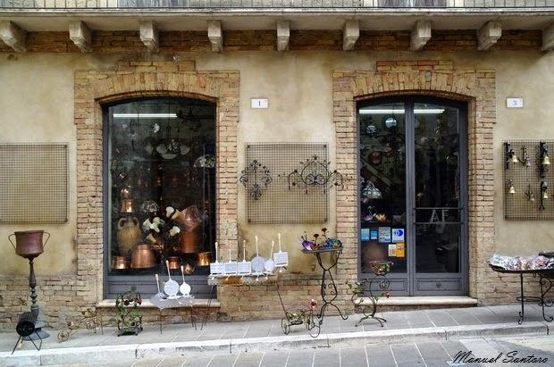 Guardiagrele, negozio d'artigianato