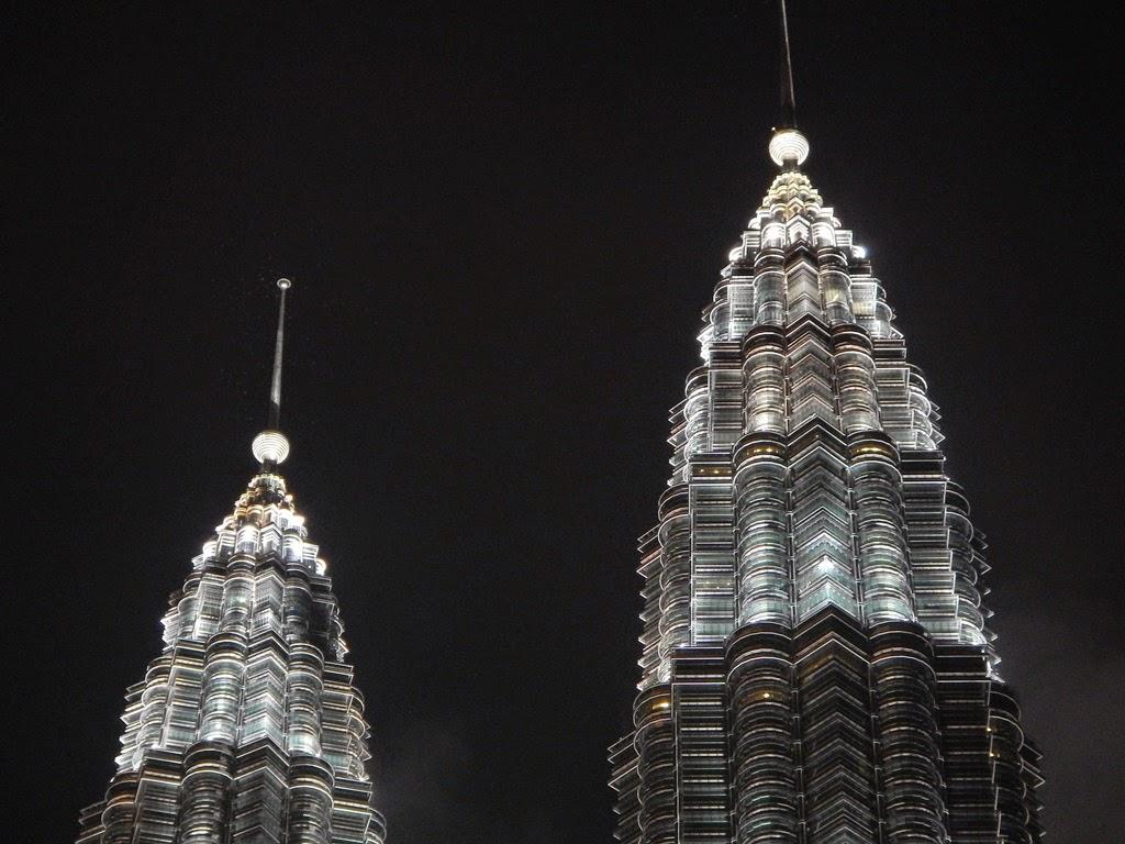 Kuala Lumpur by night Petronas Towers