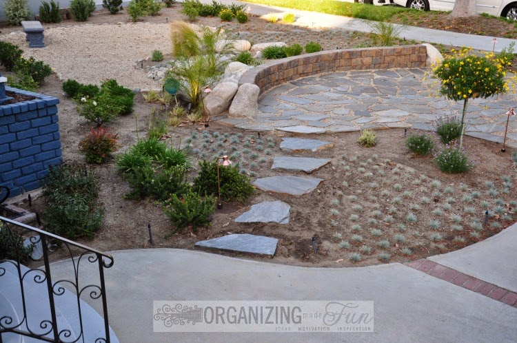 Steps towards the front porch :: OrganizingMadeFun.com