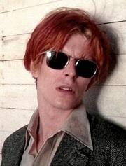 """Bowie, en """" El hombre que cayó a la tierra """""""