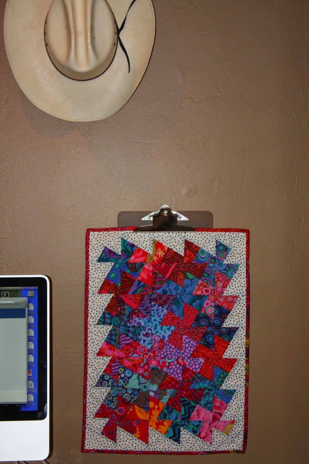 clip board mini quilt