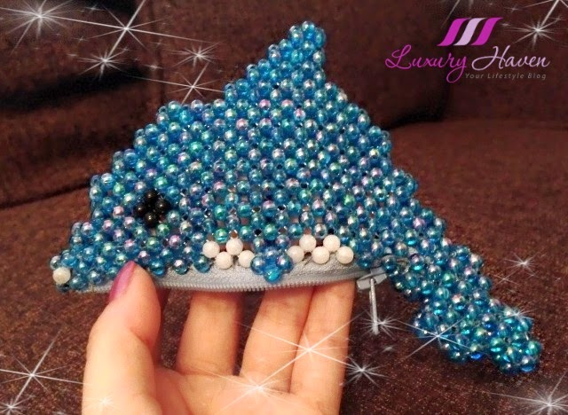 handmade beaded dolphin coin purse