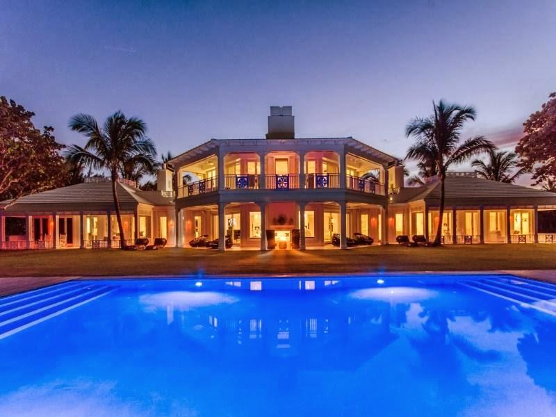 Custom built celebrity home for Celine Dion at night