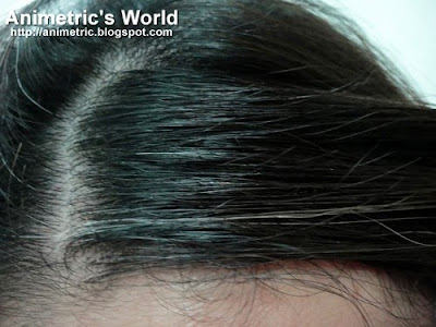Animetric's random strands of white hair
