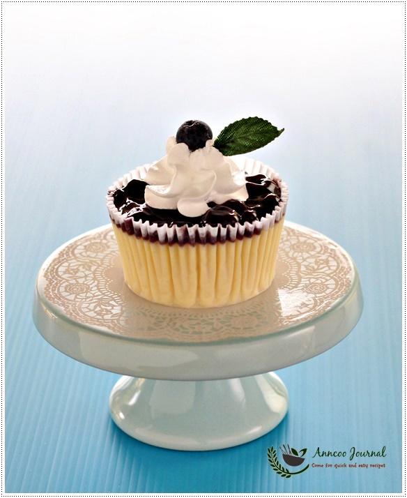 mini cheesecakes mini cherry topped mini cherry cheesecake bites mini ...