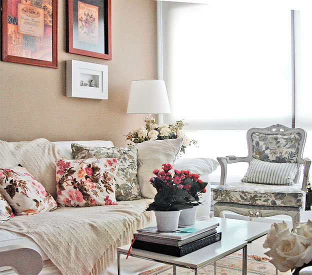 decoracao de interiores estilo romântico: estilo romântico. Aqui, o tom bege, foi o escolhido para fazer parte