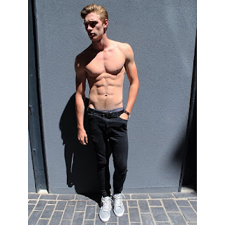 The Stars Come Out To Play: Austin North - New Shirtless