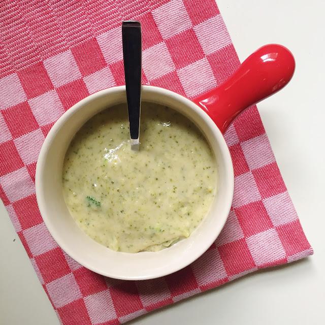 Broccoli_Cheddar_Soup_Vegetarian_Recipe