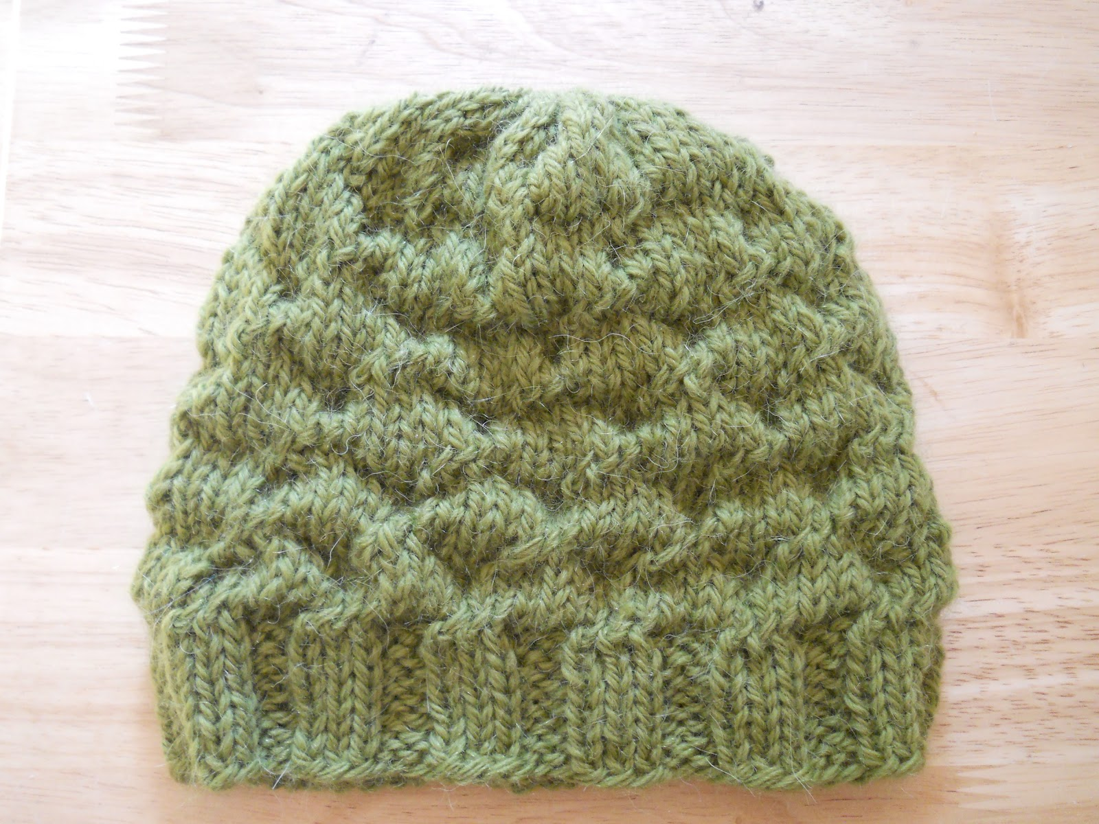 Knitting Pattern For Beanie : Knitting with Schnapps: Introducing the Love Bumps Beanie!