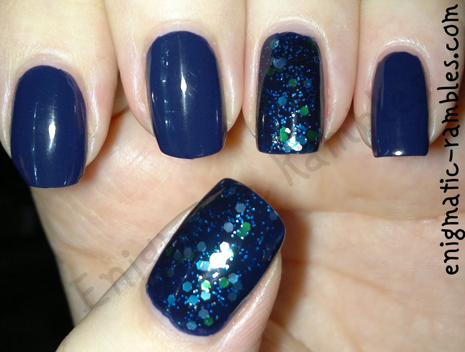 opi-road-house-blues-essence-blue-addicted-nails