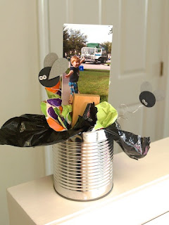 garbage party decoration from lauralooloo.blogspot.com