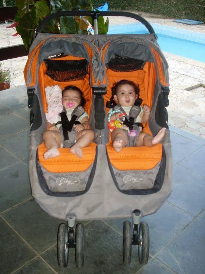 Carrinho de gêmeos: Baby Jogger