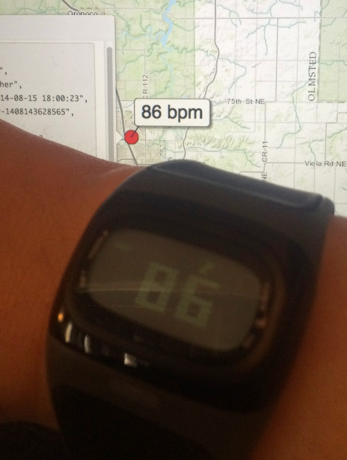 HR Tracker Web App Showing Real-time Heart Rate