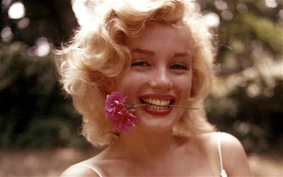 Medium Hairstyles✪Marilyn Monroe