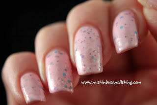 Etude House Ice Cream Polish Strawberry Candy