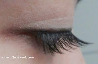 Etude House Natural eyelashes number 5 - eyes closed