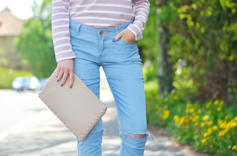 Streifen_Shirt_Boyfriend_Jeans_Outfit_Viktoriasarina