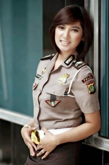 Top 5 Foto Polwan Cantik Indonesia