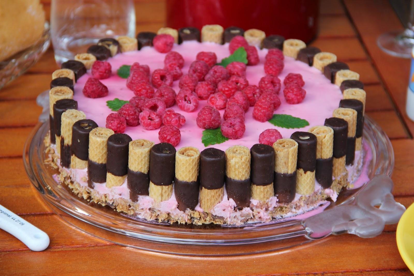 Вафельный торт несладкий рецепты