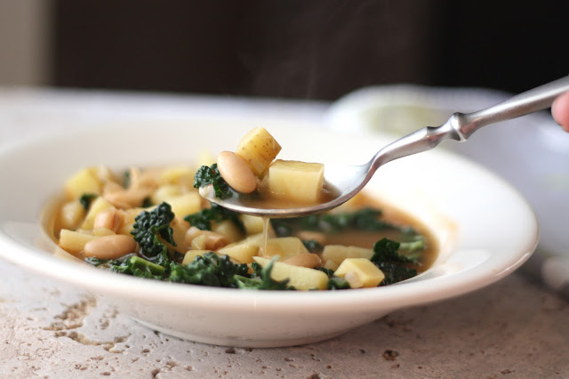 Italian White Bean, Potato and Kale Soup recipe by Barefeet In The Kitchen