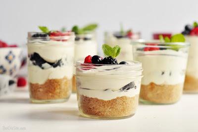 No-Bake Cheesecakes in a Jar