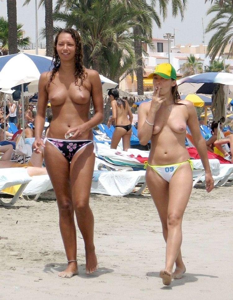 фото девушек на пляже хххх