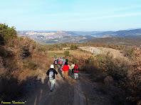"""Baixant del Serrat del Pont en direcció al Llobet. Autor: Francesc """"Caminaie"""""""