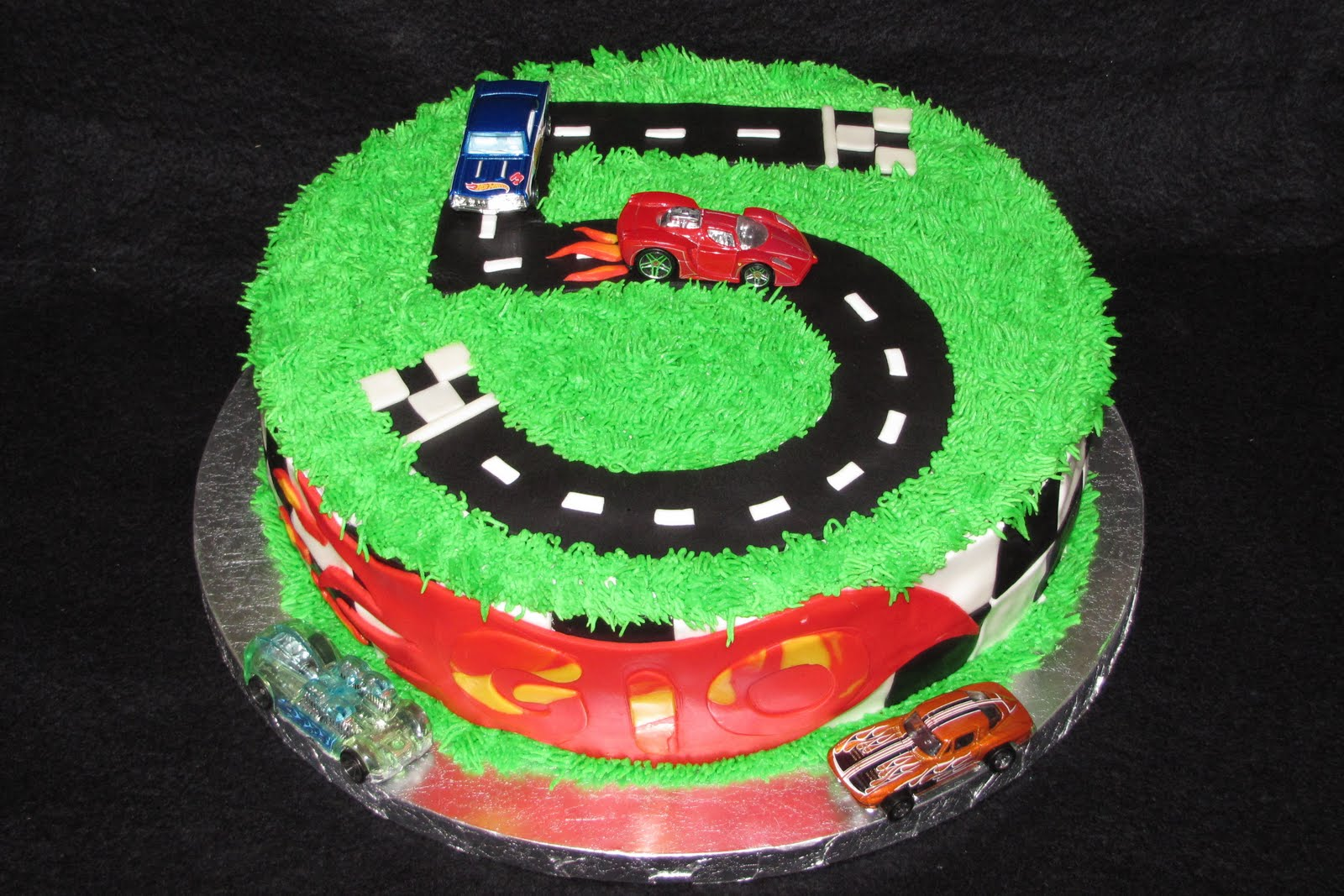 Images Of Hot Wheels Cake : Baked With Love by Lisa: Hot Wheels Cake