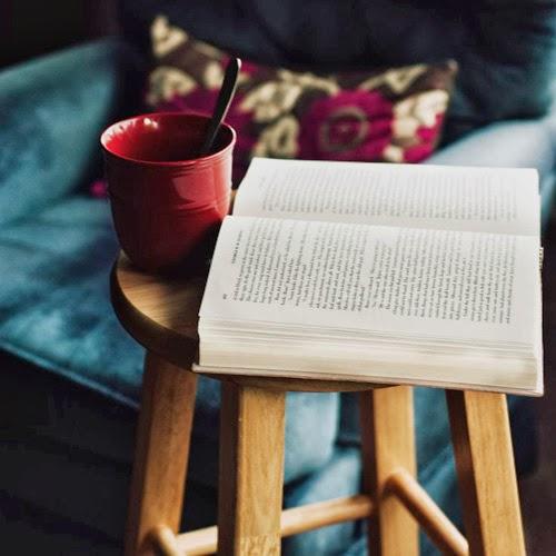 Un libro y un té
