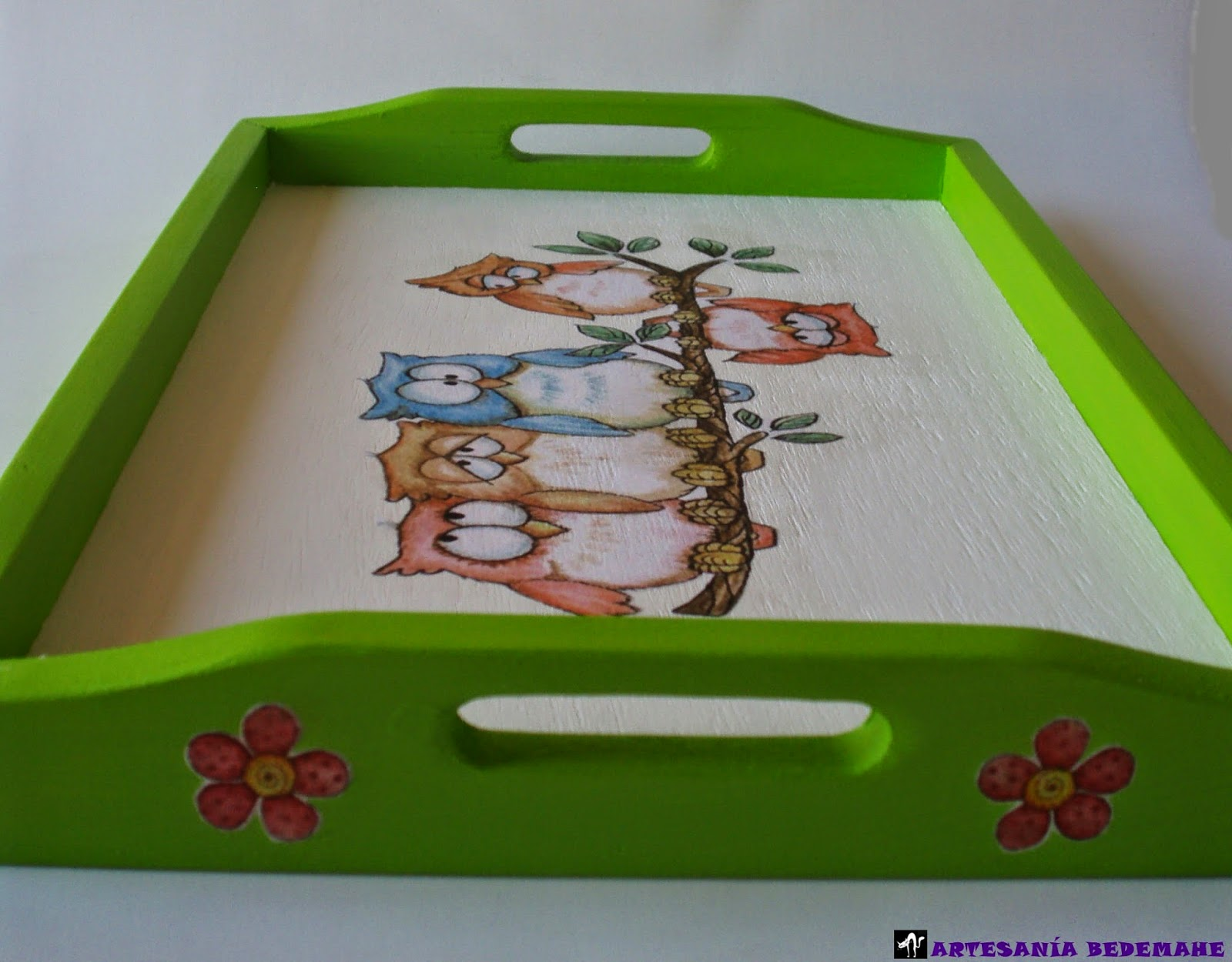Artesania bedemahe bandeja de madera b hos for Bandejas de madera decoradas