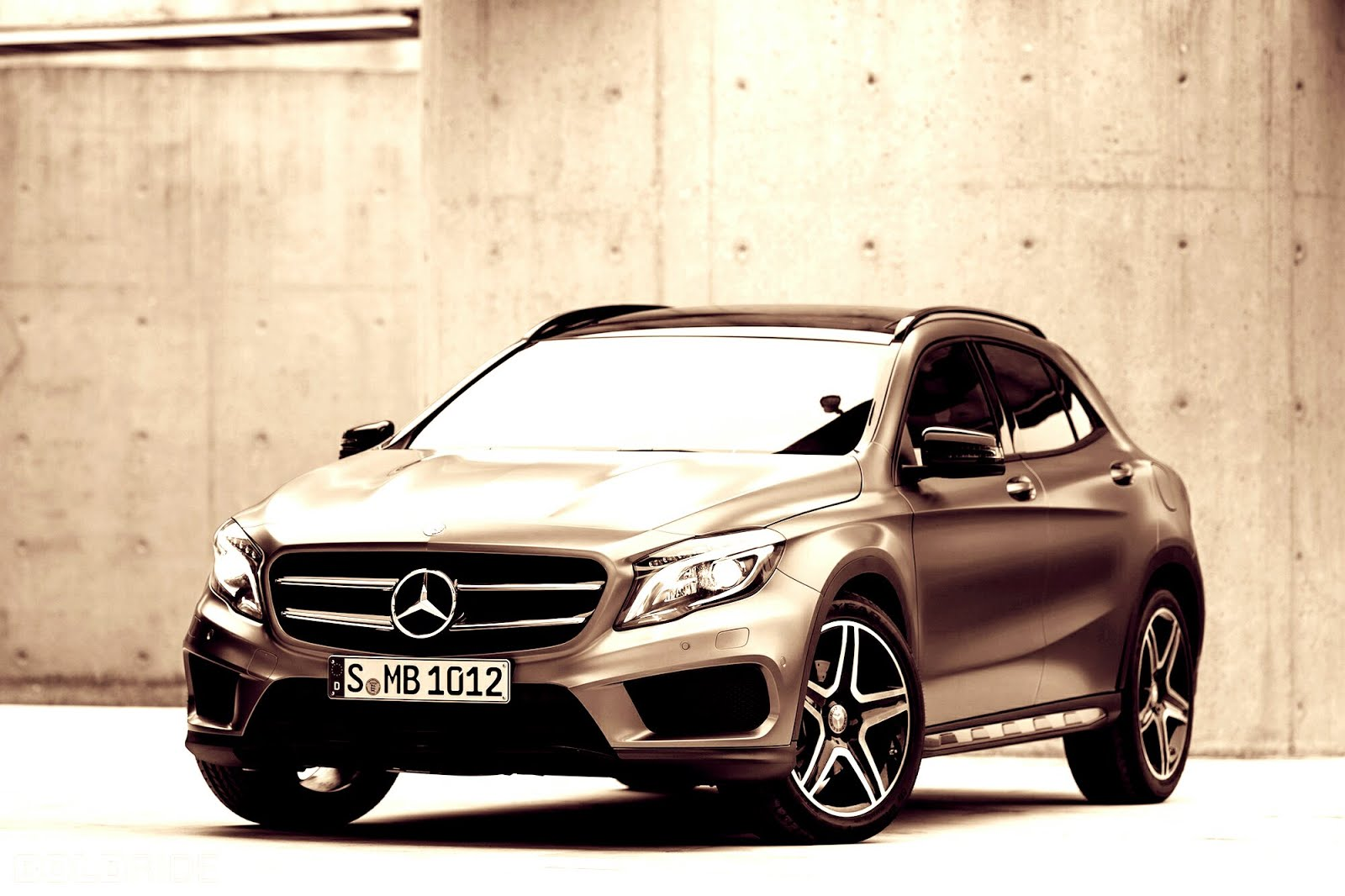 All filipinos want is a bmw or mercedes benz in their for Garage mercedes 94