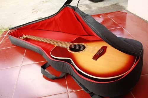 tas gitar akustik custom tebal