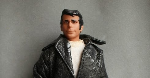 How Many Dolls?: Fonzie Action Doll