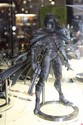Square Enix Play Arts 2013 Toy Fair Display - Final Fantasy Vincent figure