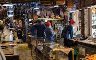 La cocina de Marco, uno de los secretos de Andres carne de Res, en Chía