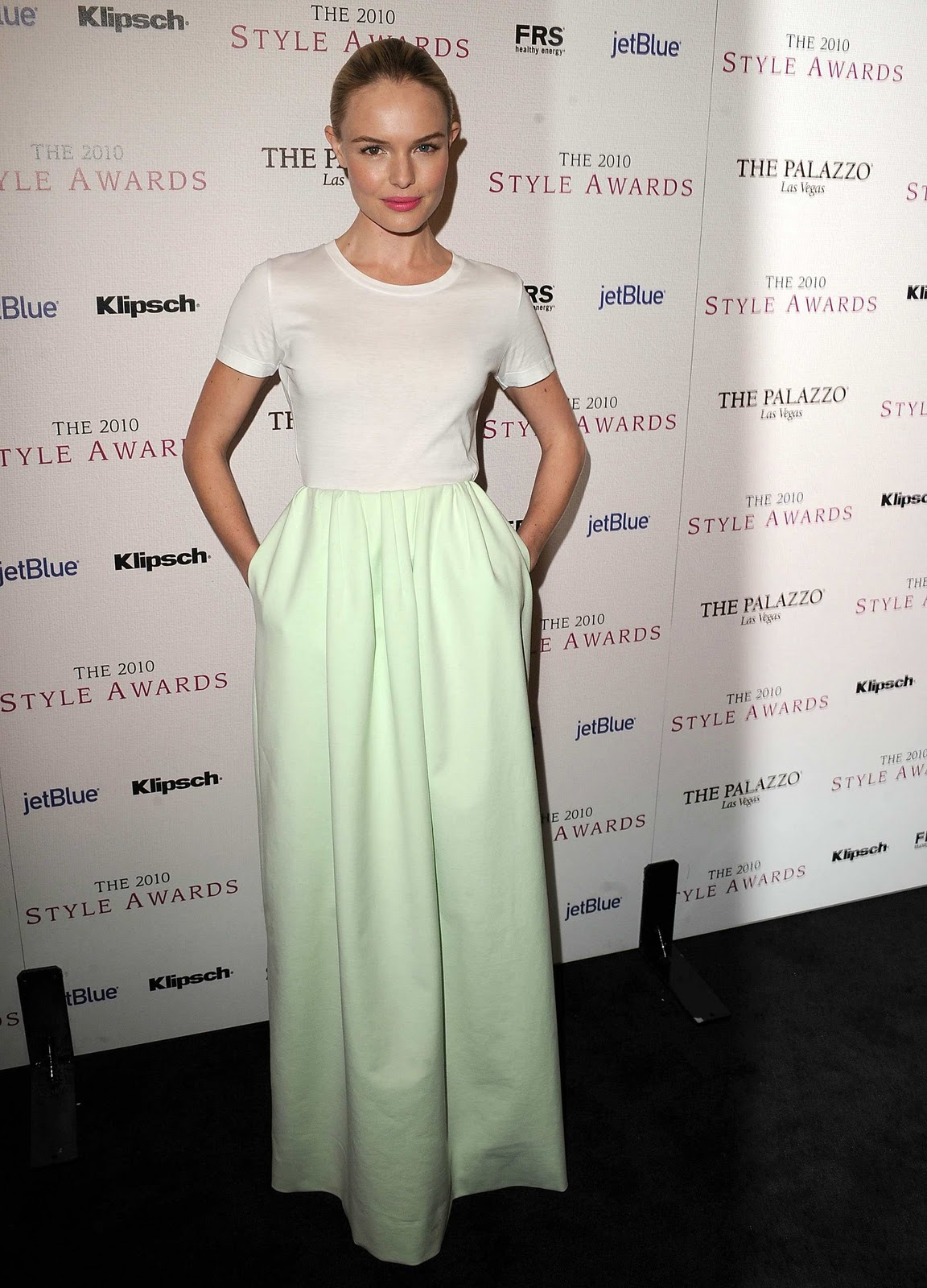 http://2.bp.blogspot.com/-G0n0gh2f6-k/TWBVDuTDHVI/AAAAAAAABdY/SVpve8kjZJM/s1600/KateBosworth_2010_Hollywood_Style_Awards_LA_121210_+%25283%2529.jpg