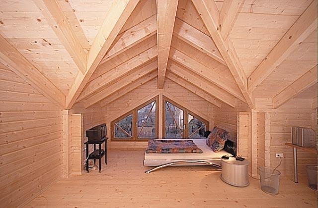 case in legno prefabbricate case in legno massiccio immagini interni. Black Bedroom Furniture Sets. Home Design Ideas