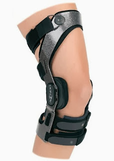 donjoy armor knee brace for skiing