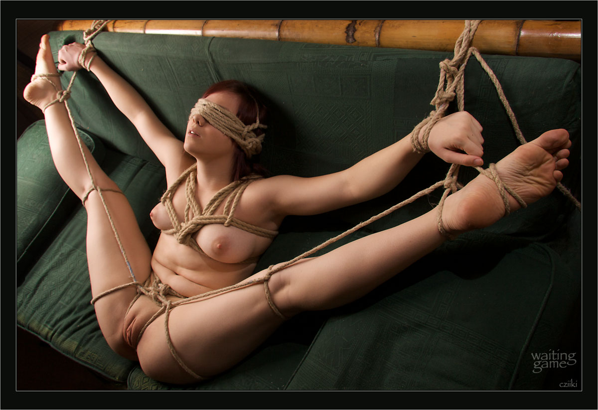 SUPERB asian pussy bondage male