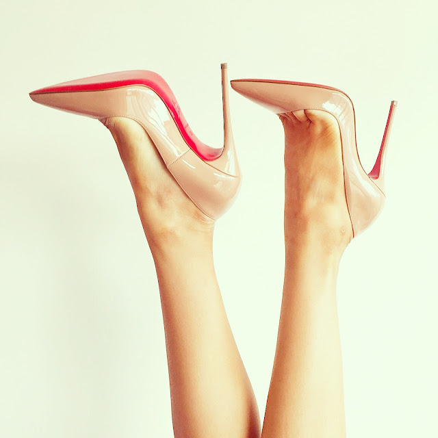 Fashion blog, Christian Louboutin so kate nude pumps, classic pumps, nude pumps, christian louboutin heels, fashion blog