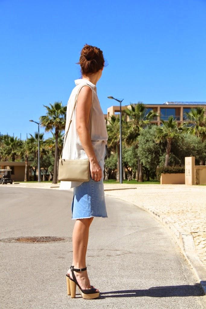 falda vaquera ZARA +camisa PRIMARK+bolso CÉLINE+RAYBAN . descalzaporelparque