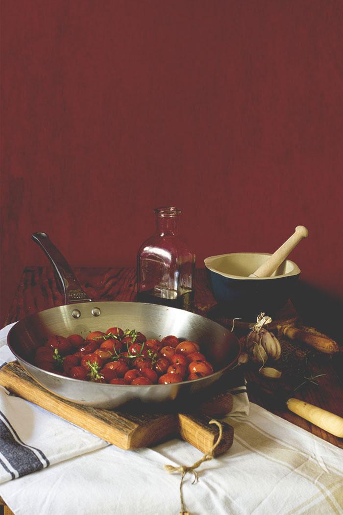 Lomo a la sal y tomates cherry