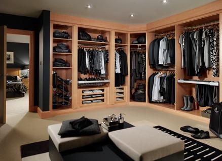 Bela soul dressing rooms closets for Dressing room ideas