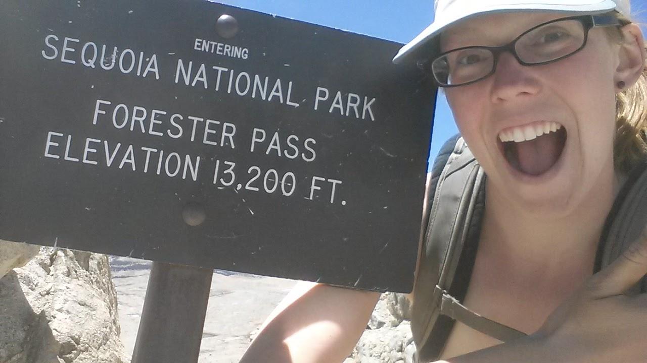 How Eastern California Celebrated Hike Naked Day / 休閒娛樂