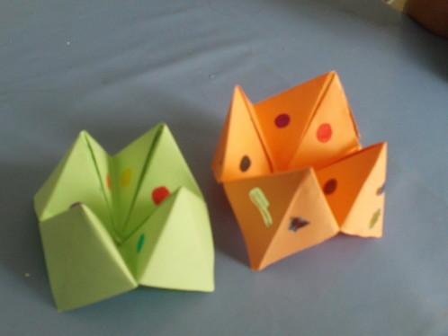 International culture blog origami kirigami l 39 art du papier - Fabriquer une cocotte en papier ...