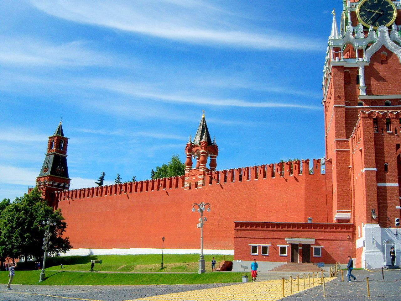Tbilisi Kreml ile ilgili görsel sonucu