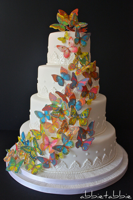 Romantic Wedding Cakes with butterfly Decoration / Wedding ...