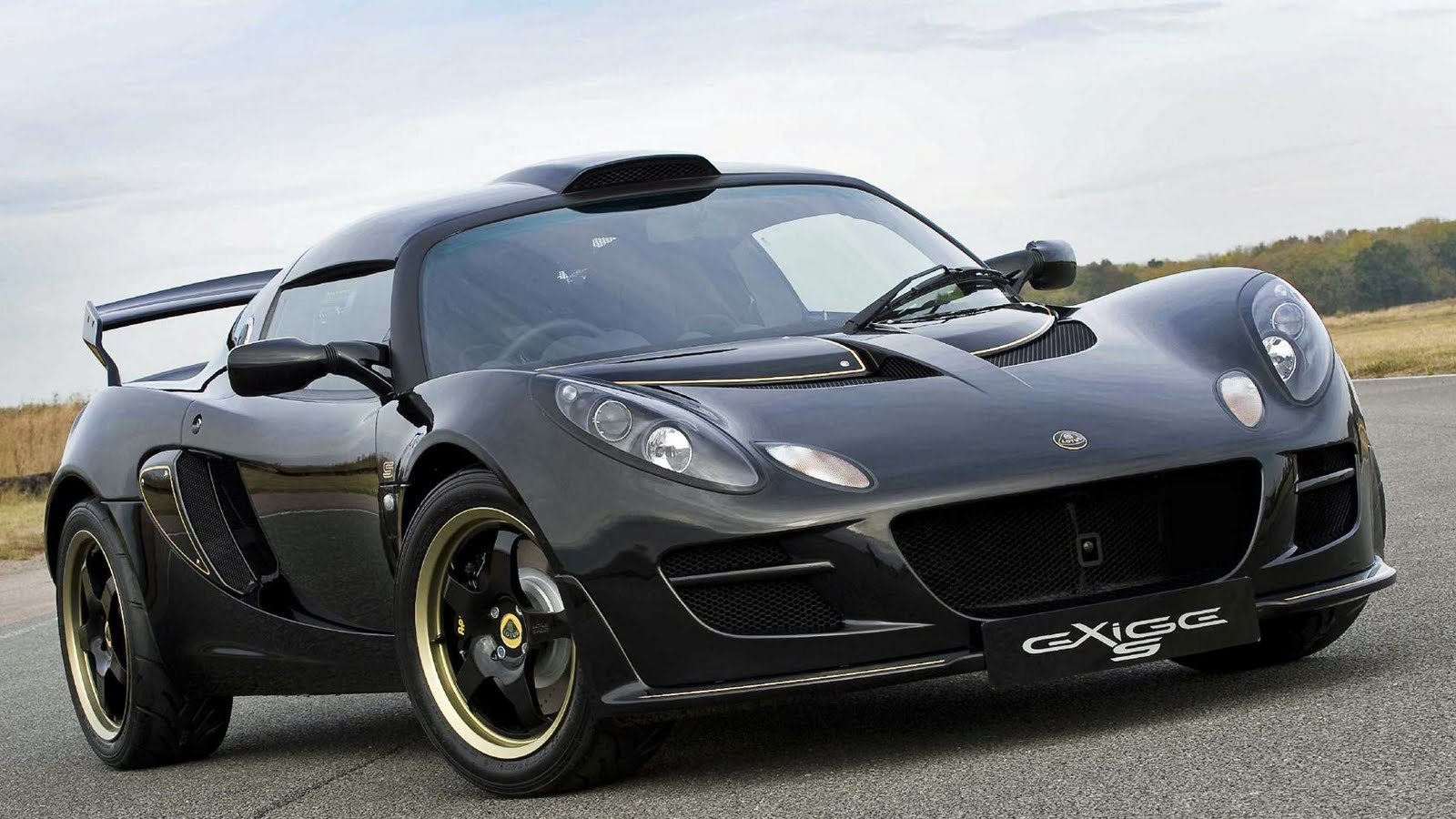 The Worlds Most Beautiful Cars - Beautiful fast cars